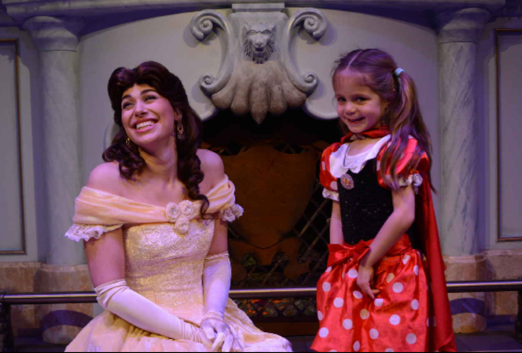 Belle meets 'SUPER PRINCESS HULA HOOP MAN'